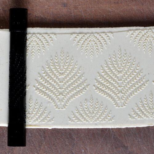 Fine Line Large Fern Texture Roller