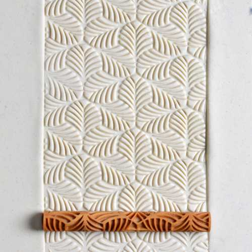 Tri-Leaf Texture Roller