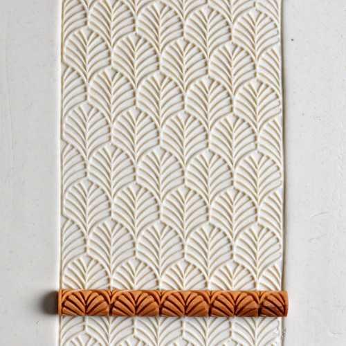 Symmetrical Leaves Texture Roller